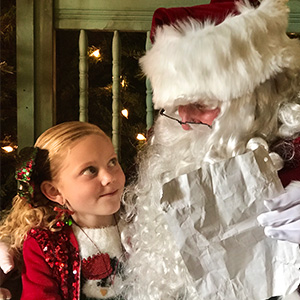 Join us for our family fun Christmas Event where your child will get to have lunch with Santa!